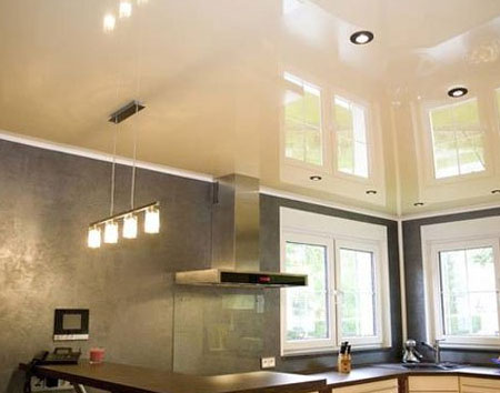 Натяжные потолки на кухни