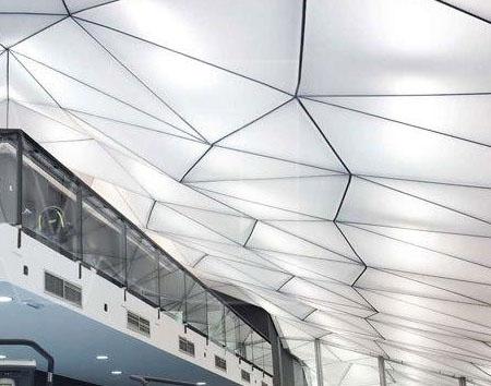 Объемные конструкции натяжных потолков