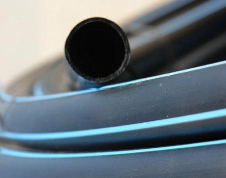Трубы ПНД для водопровода.