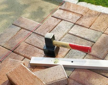 Инструмент для укладки тротуарной плитки